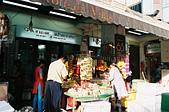 [Film 24] 2016年09月新加坡流浪記 Part1:印度花圈的攤位...好喜歡的繽紛,但我只敢偷拍