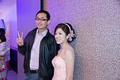 2013-03-17_拔的訂婚宴:這位朋友可能要自己來認領照片了~ :p