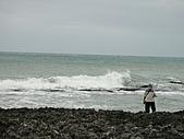 2010-10-27_我在墾丁*充實、平靜又驚險的第二天:木棧道的海邊(還是有人在釣魚XD)