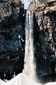 [Film 33] 三月關東_Day2/3東京&奧日光 (By FM2):97公尺高的『華嚴瀑布』,現場看超級壯觀!