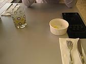 20090411 [新竹] Flying Fish & 寶山水:蛋捲套餐附的「柳澄汁 + 水果」