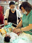 2008年10月15日小貝比出生:DSCF0373.jpg