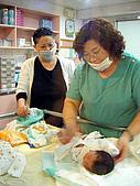 2008年10月15日小貝比出生:DSCF0374.jpg