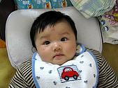 五個月的小佑佑和依珊:IMG_0003.JPG