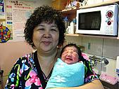 2008年10月15日小貝比出生:IMG_0053.JPG