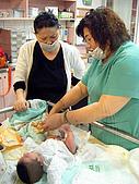 2008年10月15日小貝比出生:DSCF0369.jpg