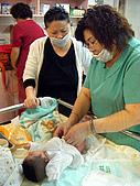 2008年10月15日小貝比出生:DSCF0372.jpg