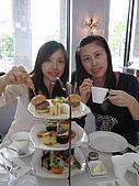 伶渝婉筠生日慶@ BELLAVITA:我與伶渝~~二位最快當媽的小姐
