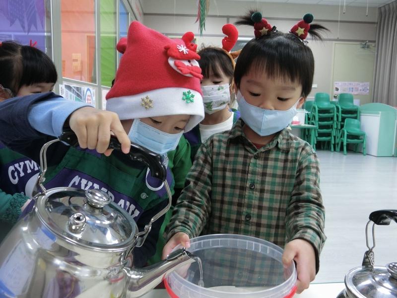 2020 幼兒部歡樂聖誕節:20201224_201224_64.jpg