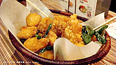 【綠蓋茶館】:海陸什麼的..就是雞米花跟魷米花..都想點第二份了