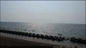 【17公里海岸自行車道】愛吃鬼新竹一日遊:陽光照射在海上好美
