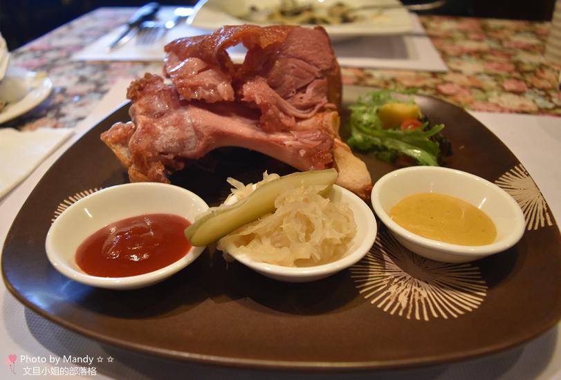 舞動味蕾:德國酸椰菜豬腳
