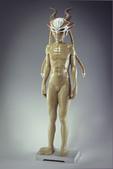 當代藝術家 ~ 詹志評的木雕作品:英勇的帽子