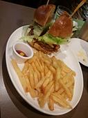 2013/05/15 Burger joint 7分so:2013-05-15 13.02.44.jpg