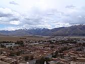 西藏風采人文:甘孜城與雪山
