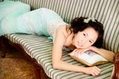 小汞&小夢婚紗照:棚內第二套--蘋果綠晚禮服(小夢獨照二)