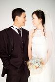 小汞&小夢婚紗照:棚內的第一套--白紗(合照二)