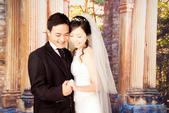 小汞&小夢婚紗照:棚內的第一套--白紗(合照三)