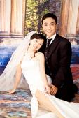 小汞&小夢婚紗照:棚內的第一套--白紗(合照四)