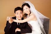 小汞&小夢婚紗照:棚內的第一套--白紗(合照六)