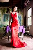 小汞&小夢婚紗照:外拍第二套--紅色晚禮服(小夢獨照三)