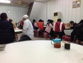 2015.12.16:全部的坐位都是大圓桌,會有2-3組不認識的客人,坐著ㄧ起吃扁食湯。