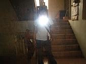 [住宿] 新竹橫山 欣柏元民宿:樓梯間有面大鏡子