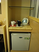 [住宿] 台北 璽愛旅館:小冰箱以及一些食物