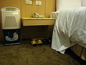 [住宿] 台北 璽愛旅館:床頭的被子 根本沒塞好