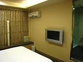[住宿] 台北 璽愛旅館:電視以及獨立的冷氣