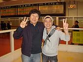 牛鈴之聲:《牛鈴之聲》導演李忠烈與製片高永宰有著共患難友誼,名