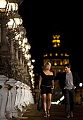 巴黎奇緣:不靠大卡司票房照夯《巴黎奇緣》塑造全新的平民愛情神話.jpg