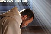 人神之間:《人神之間》奪法國奧斯卡最佳影片三大獎_,_4月15日在台上映.jpg