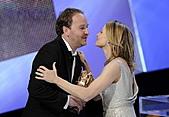 人神之間:本屆凱撒獎評審團主席是能說得一口流利法語的好萊塢女星茱蒂佛斯特(Judie_Foster),她並「入境隨俗」與該片導演札