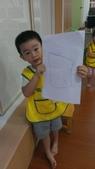 我的寶-張佑安-幼稚園階段:1020918佑安畫畫-他說火箭.jpg