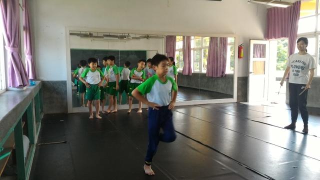 107-1舞蹈:P_20181015_112722.jpg