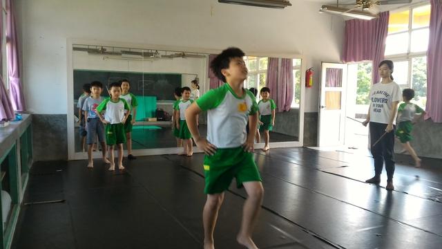 107-1舞蹈:P_20181015_112731.jpg