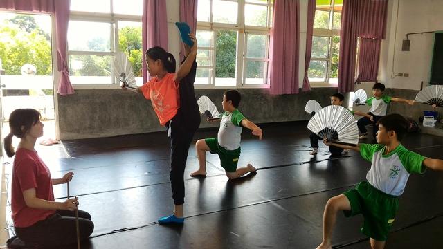 107-1舞蹈:P_20181105_114645.jpg