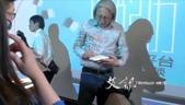 上海交流座談:【衡山˙和集書店:生活經驗與創作題材】會後陳冠中簽書
