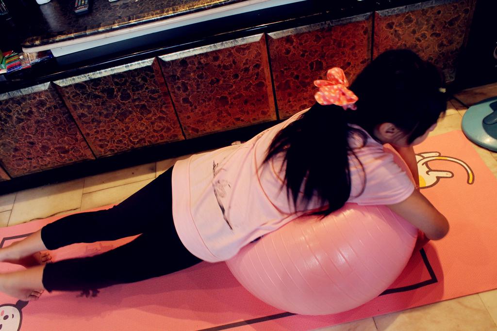 iFit 愛瘦身 抗力球抗力球+瑜珈墊 :IMG_1069.jpg