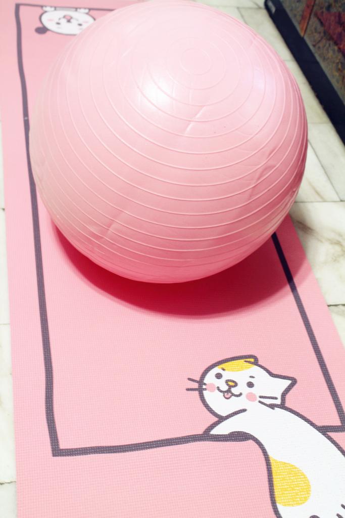 iFit 愛瘦身 抗力球抗力球+瑜珈墊 :IMG_1006.jpg