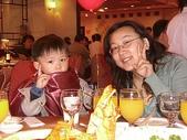 kelly同事的照片:純慧與他兒子