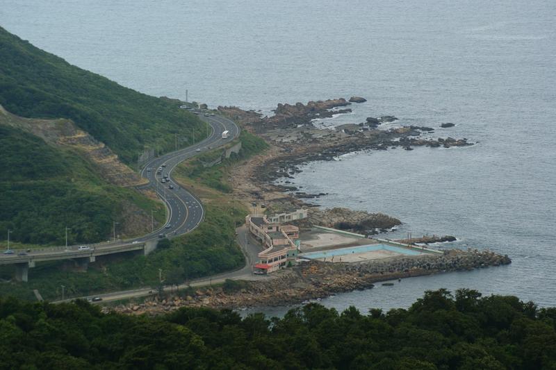 85大武崙山 :海岸道路.jpg