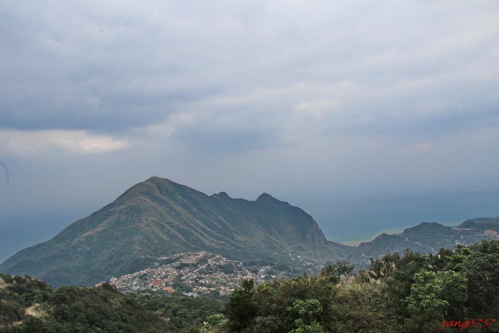 20IMG_5943.JPG - 732大粗坑山