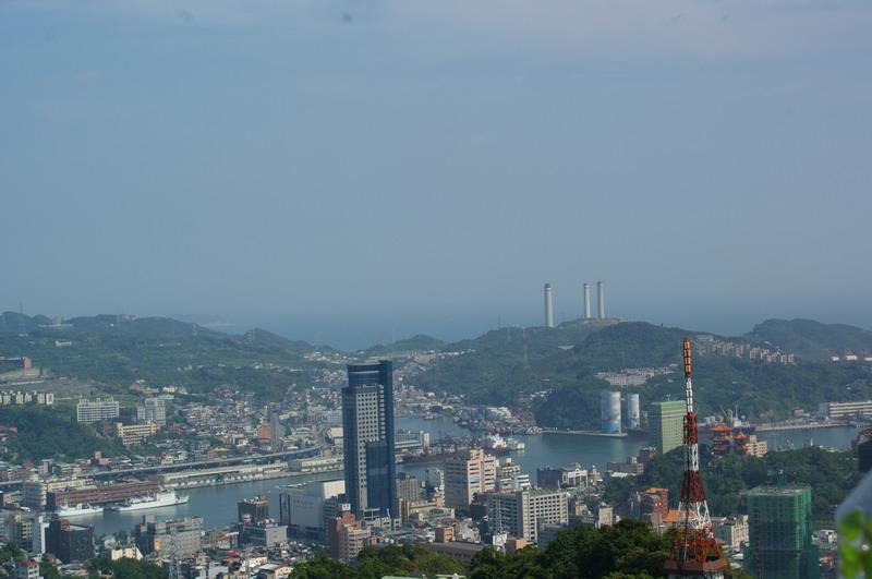 81紅淡山:基隆港.jpg